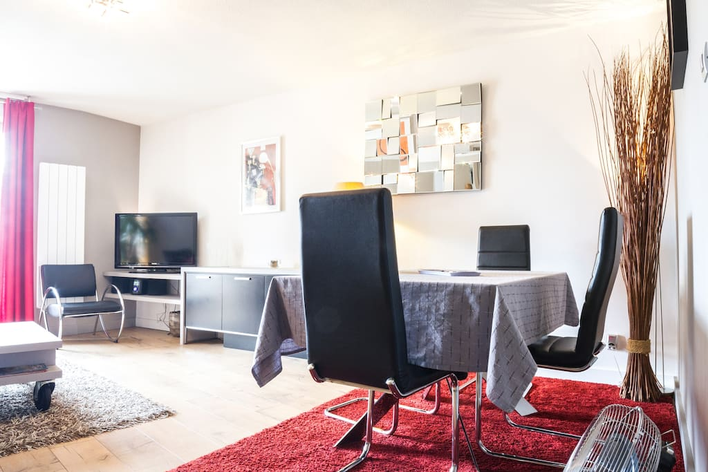 Loue appartement t2 neuf 55m2 flats for rent in toulouse for Appartement design t2