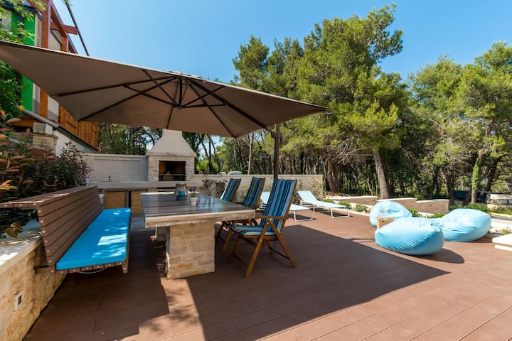 Beach House Villa - Apt. 2 (beach: 100m)