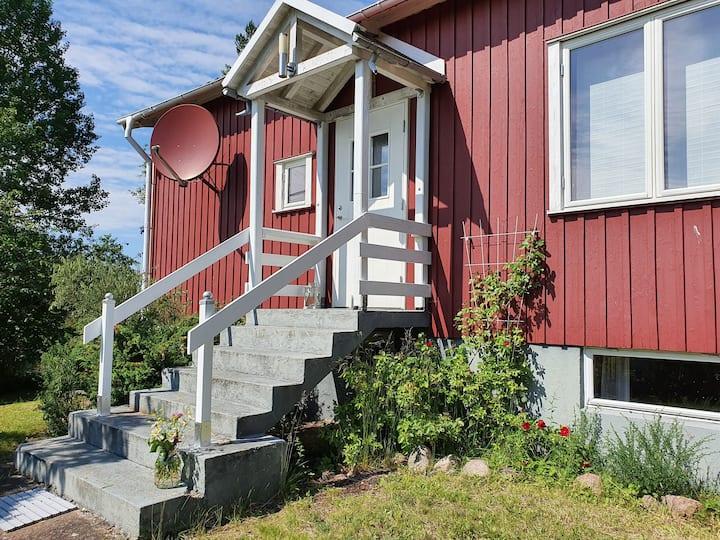 Ferienhaus für 6 Personen, Sauna + Kanu, 60 € Tag