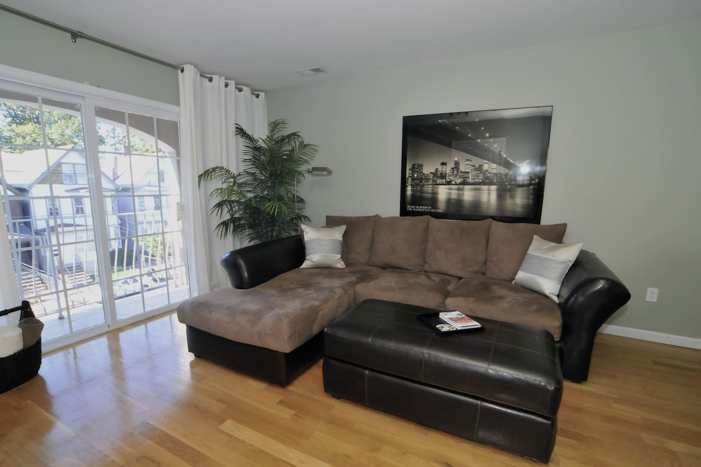 Entire home! Great for family/group