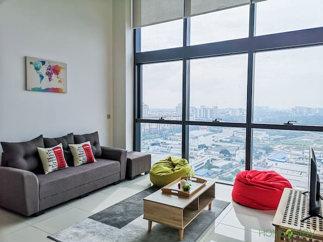 Luxury Couple Style Spacious Space with City View