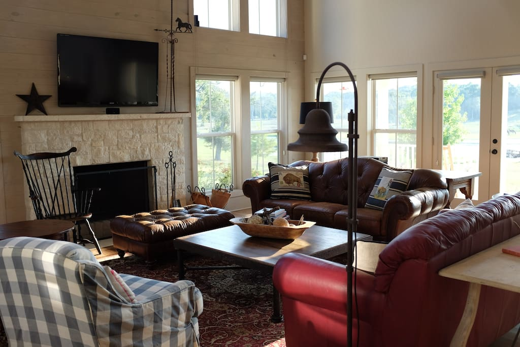 Inviting great room with incredible views. Plenty of seating, big screen for games or movies, perfect set up for game night!