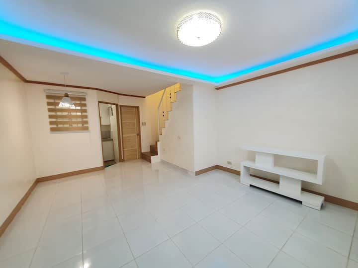 Oasis Rhealm (House for rent near Clark)