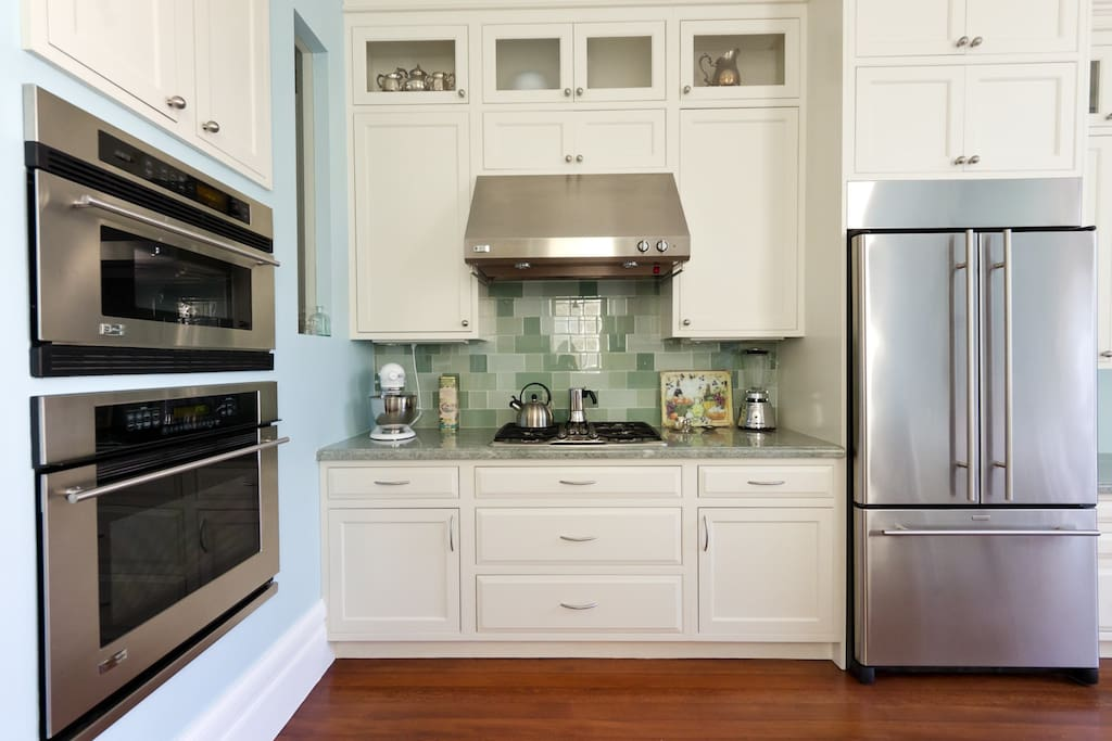 Top of the line appliances in this gorgeous gourmet kitchen.