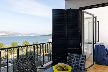 Kula - One-Bedroom with Terrace and Sea View - Drače - Apartemen