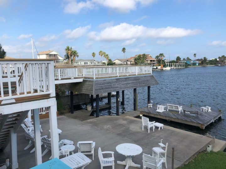 3 bedroom Galveston house on the water