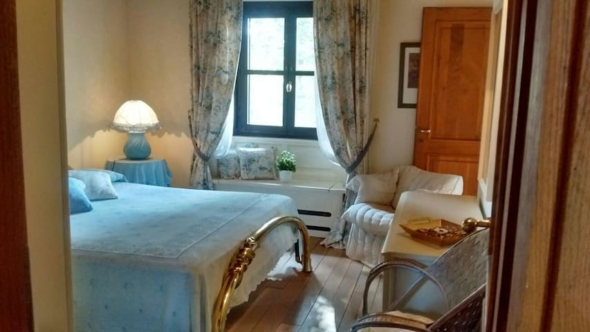 The Blue Guest room/Private Bathroom - Bagnolo Piemonte - 別荘