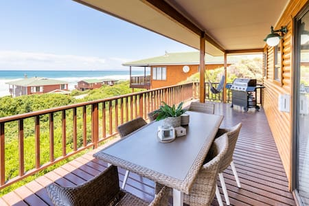 LUXE Beach House STUNNING Sea View Beach 3min WALK