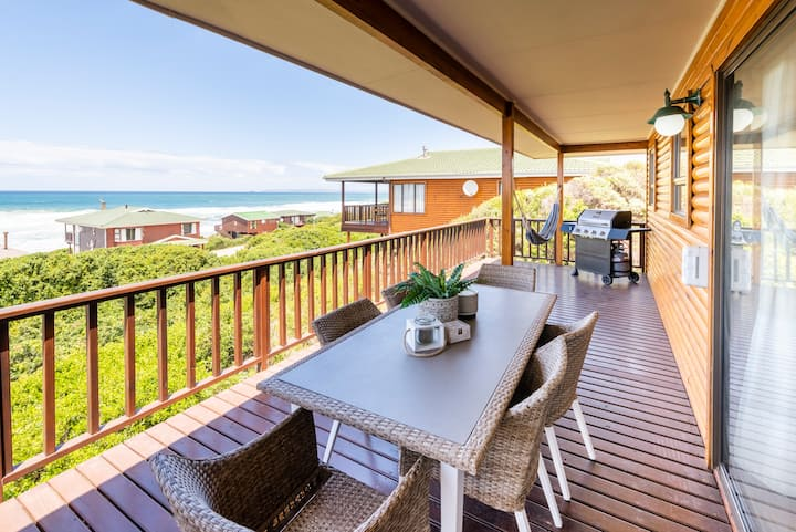 LUXE Beach House STUNNING Sea View Beach 3min WALK