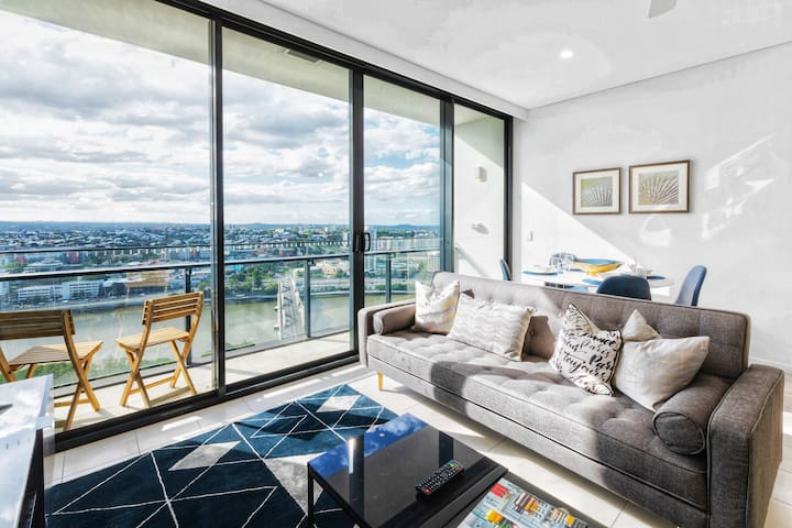 ★Stunning★ 1Bed apt @ SouthBank w/ Pool & Parking