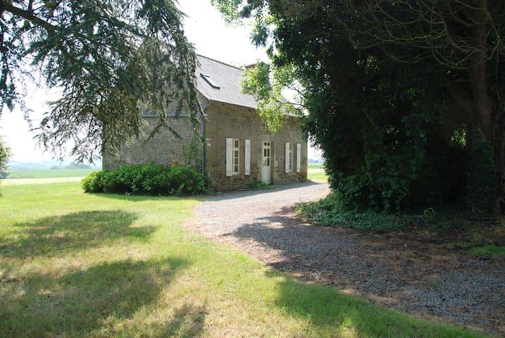 Manoir Breton - Maison du Garde - Jugon-les-Lacs - House