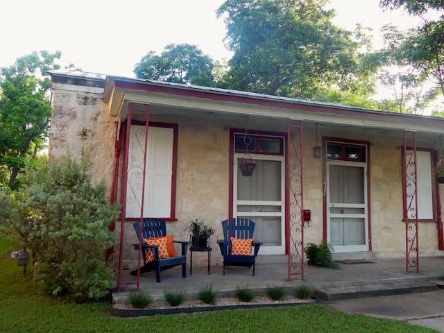 Historic home in heart of downtown San Antonio!