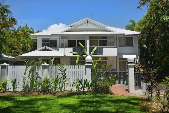 Seascape Holidays Tropic Sands Std 1 Bedroom Apt