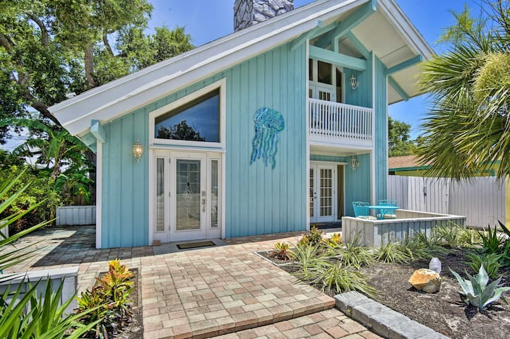 Cape Canaveral Cottage w/ Pool - Walk to Beach!