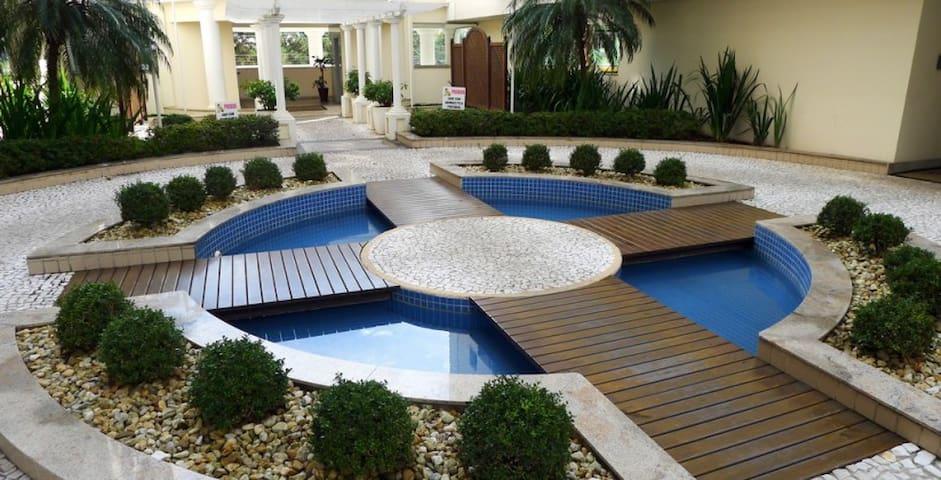 Ótimo apartamento em localização privilegiada - Florianópolis - Apartemen