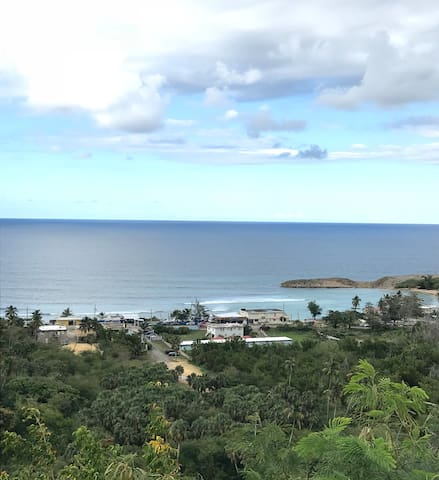 Peaceful 2 Bedroom Over Jobos Beach w/ Ocean View