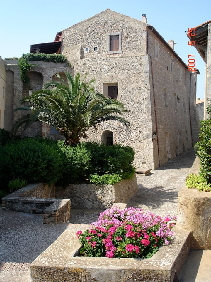 Apartment Santa Barbara in a Tuscan Fortress