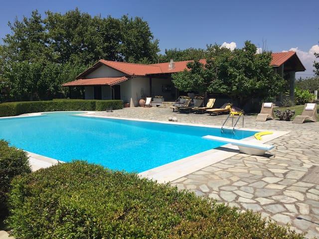 Villa Kasta