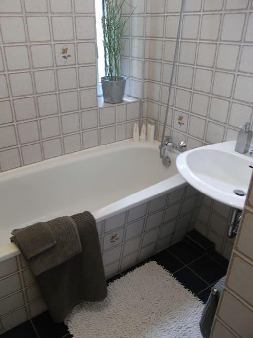 Entspanntes Bad nach einem anstrengenden Messetag...
