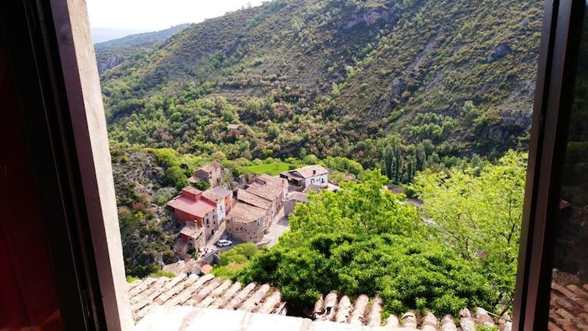 Casa Esteba en linda aldea