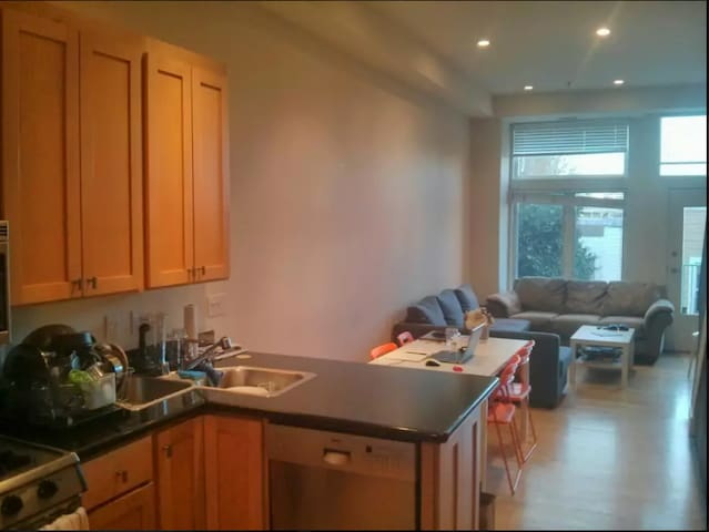 Nice integrated kitchen.