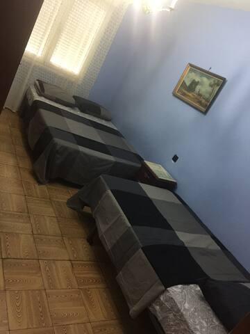 Habitación cómoda & Disponible Pumarin GijoN