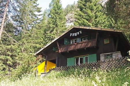 Hütte für Abenteurer und Kletterer