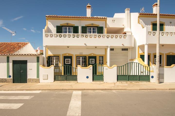 Apartment near the beach Milfontes - Odemira - Apartamento