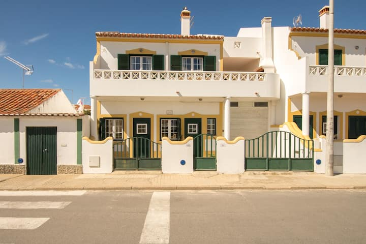 Apartment near the beach Milfontes