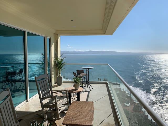 Rosarito, Oceanfront! Las Olas Grand Resort