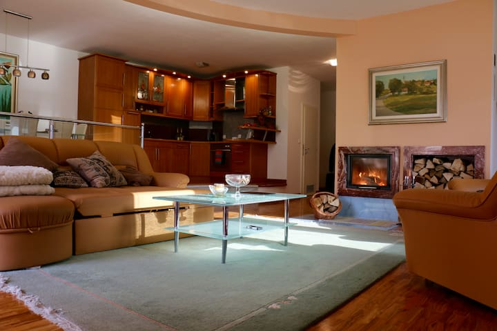 Cosy apartment with a view on the ski-center! - Kranjska Gora - Departamento