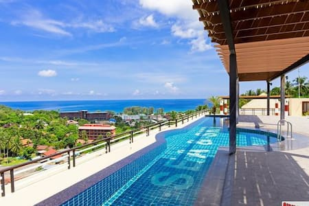 Penthouse, sea and sky, Karon