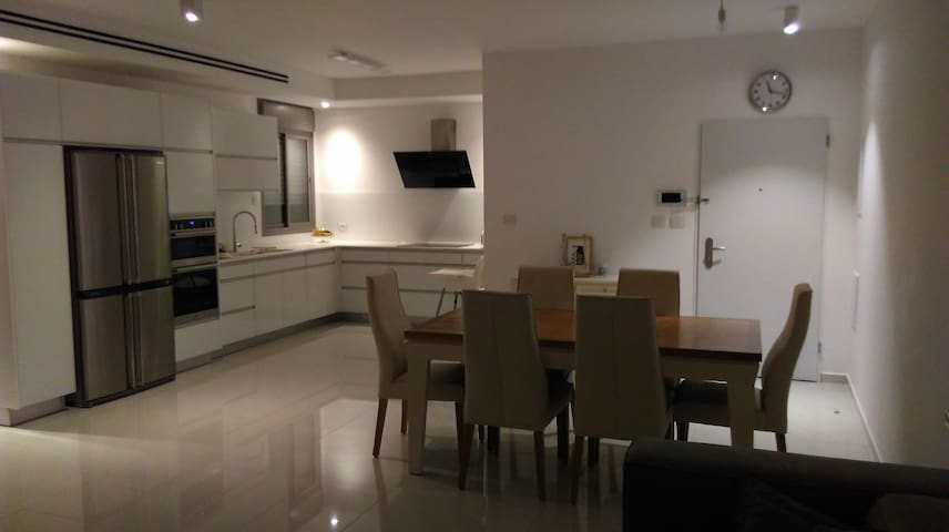 Near airport 20 mins from Tel Aviv - Shoham - Apartament