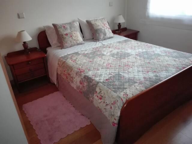 Cosy room with private bathroom - Near Metro - Vila Nova de Gaia - Apartment