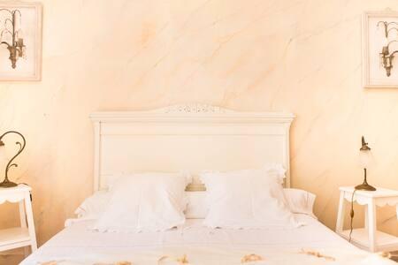 Château Beauséjour Ballerine - Listrac - Bed & Breakfast