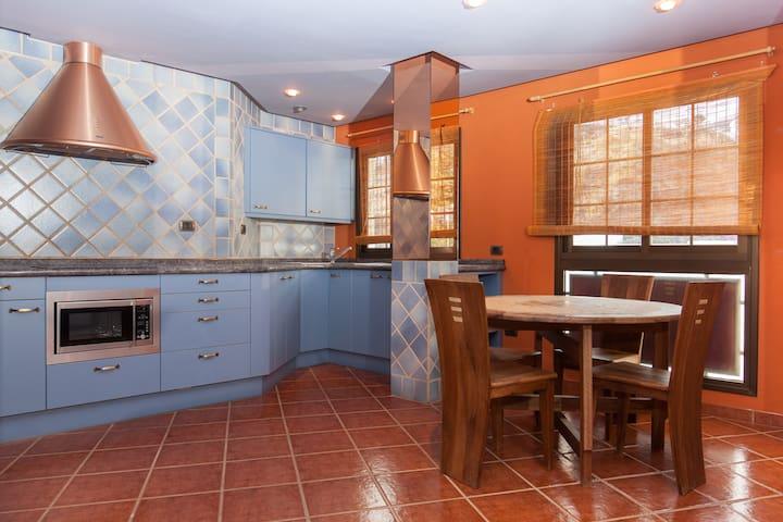 Bright apartment near Parque Drago - Icod de los Vinos - Leilighet