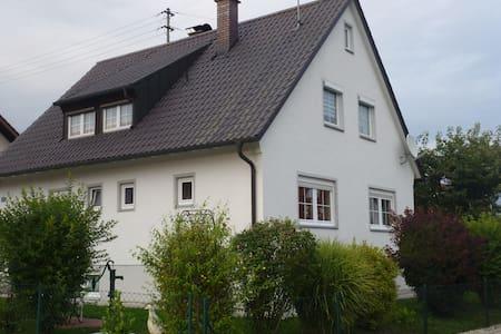 Gemütliche 2-Zi. Wohnung, 65 m² - Markt Indersdorf