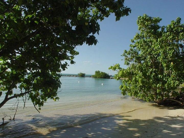 Bahía Serena Penthouse-Cabo Rojo Wifi-cable-AC