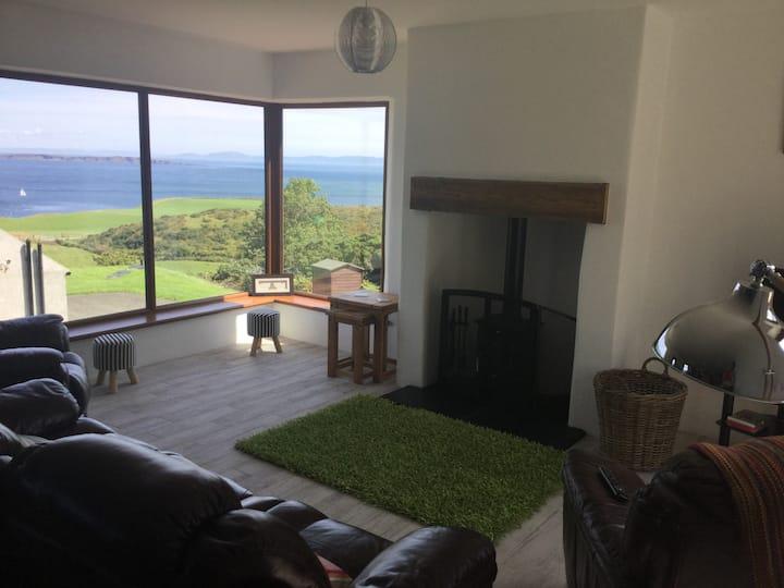 Kinbane Self Catering Cottages - 'Makem's Cottage'