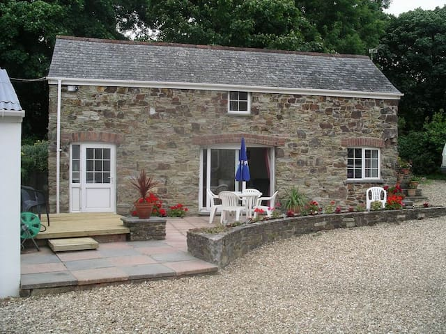 Charming detached Stone Cottage  - Newquay