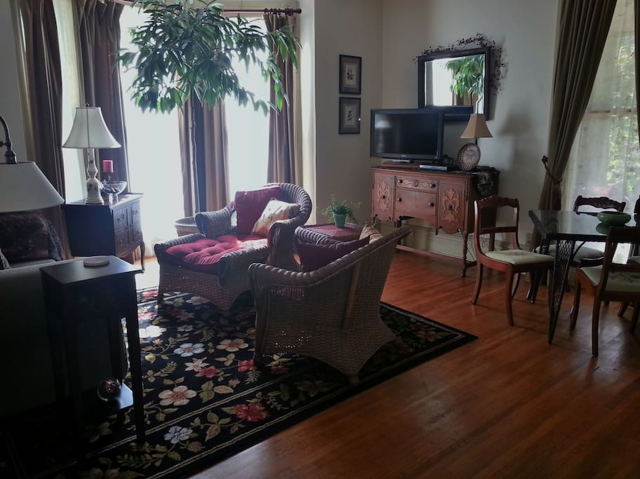 2 Bedroom Suite Near Mu Apartments For Rent In Columbia Missouri United States