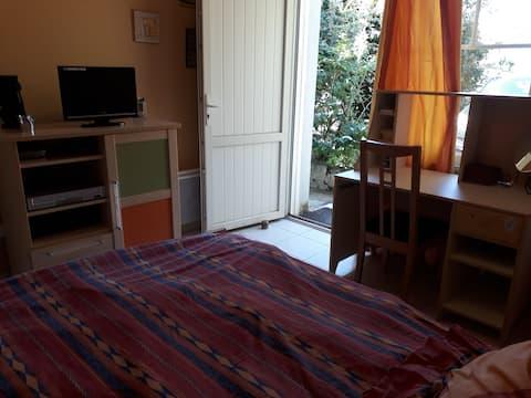Chambre dans maison proche de Toulouse et d'Airbus