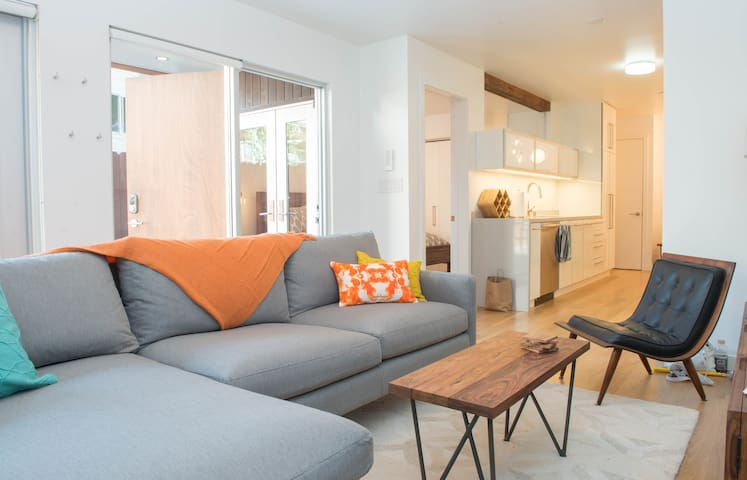 2 Bedroom On Mission 39 S Best Block Apartments For Rent In San Francisco