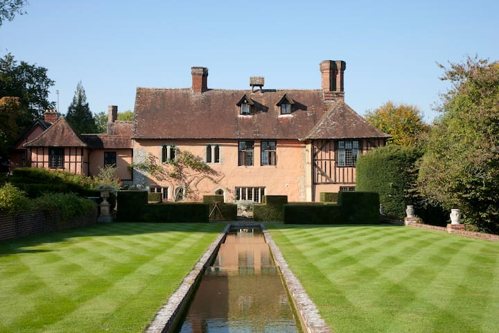 Unique Historic Grade II* Listed House