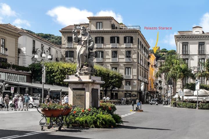 Palazzo Starace in Sorrento Square