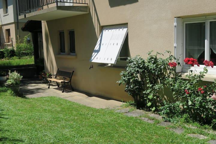 Vic-le-Comte appartement RDC indépendant