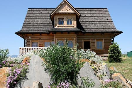 House in Piekielnik (Hell)