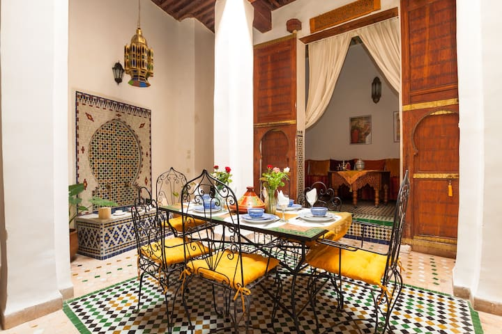DAR ELISA: A RIAD ONLY FOR YOU !