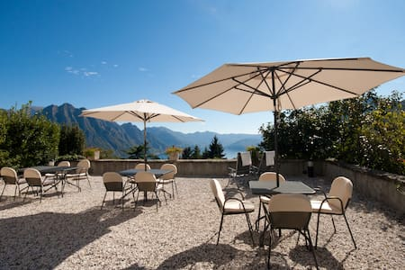 Ca' laRipa: Suite PANORAMA facing the lake - Solto Collina - Wohnung