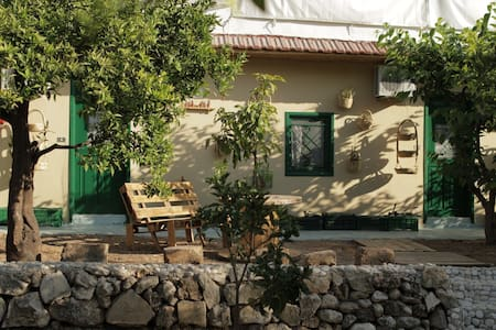 mayouli bed & breakfast - Batroun - Bed & Breakfast